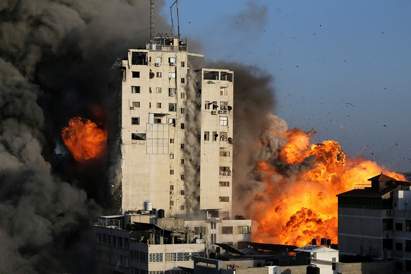 https: img.okezone.com content 2021 06 05 18 2420475 penyerangan-ke-gaza-baru-tahap-awal-jenderal-israel-tahap-selanjutnya-akan-terjadi-SJKSHLqPWb.jpg