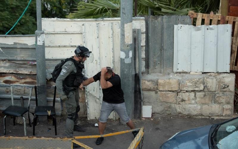 https: img.okezone.com content 2021 06 05 18 2420717 polisi-israel-serang-warga-palestina-yang-protes-paksa-pengusiran-23-orang-terluka-6gEvDSlecZ.jpg