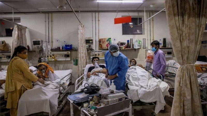 https: img.okezone.com content 2021 06 05 18 2420729 kisah-6-pasien-covid-19-yang-meninggal-karena-ditinggal-dokter-dan-perawat-1rw8nywlcz.jpg