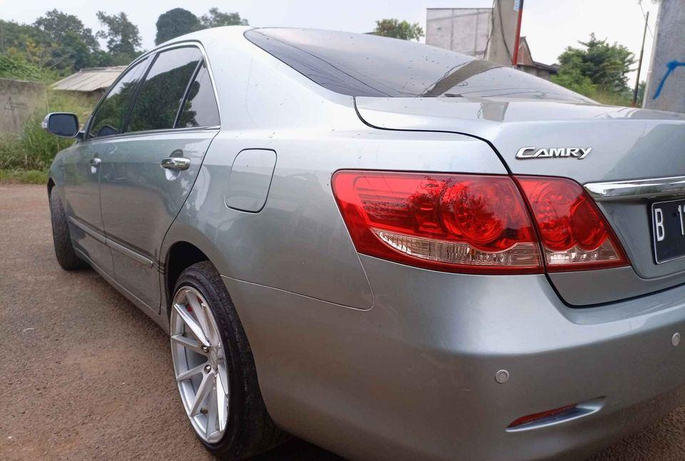 https: img.okezone.com content 2021 06 05 52 2420764 5-mobil-sedan-bekas-yang-harganya-di-bawah-rp100-juta-SQtRNabMBT.jpg