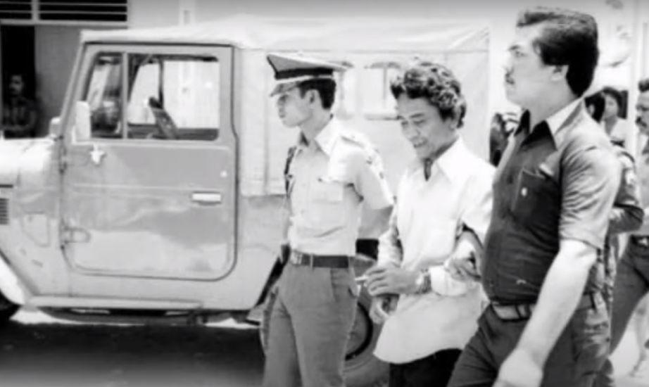 https: img.okezone.com content 2021 06 06 337 2421024 bak-godfather-berikut-deretan-preman-legendaris-indonesia-dari-masa-ke-masa-VM17oSU4Ok.jpg