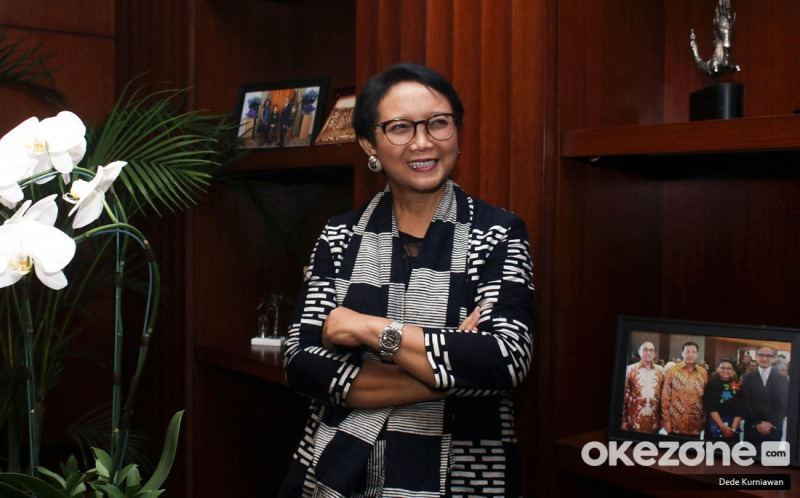 https: img.okezone.com content 2021 06 07 18 2421632 indonesia-desak-asean-segera-tunjuk-utusan-untuk-mediasi-di-myanmar-DIv16FbZAw.jpeg
