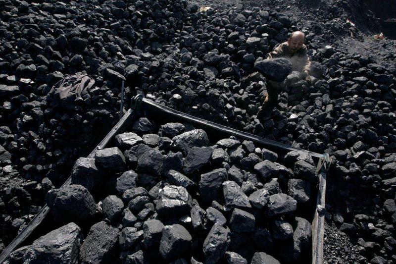 https: img.okezone.com content 2021 06 07 320 2421442 produksi-batu-bara-tembus-237-juta-ton-hingga-mei-2021-grwc6xP7t2.jpg
