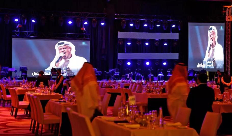 https: img.okezone.com content 2021 06 07 406 2421378 dihadiri-turis-asing-arab-saudi-sukses-gelar-konser-perdana-sejak-covid-19-5ccuq6FkPg.jpg