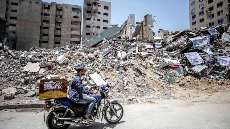 https: img.okezone.com content 2021 06 09 18 2422281 israel-gedung-media-yang-dihancurkan-digunakan-hamas-untuk-menjebak-rudal-iron-dome-G3e8cTFwFf.jpg