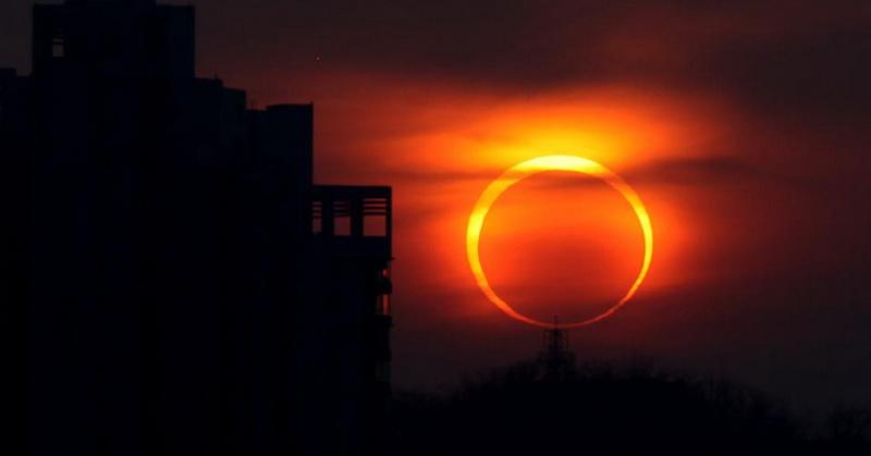 https: img.okezone.com content 2021 06 09 337 2422718 mengenal-gerhana-matahari-cincin-yang-terjadi-besok-YecnkklTb1.jpg
