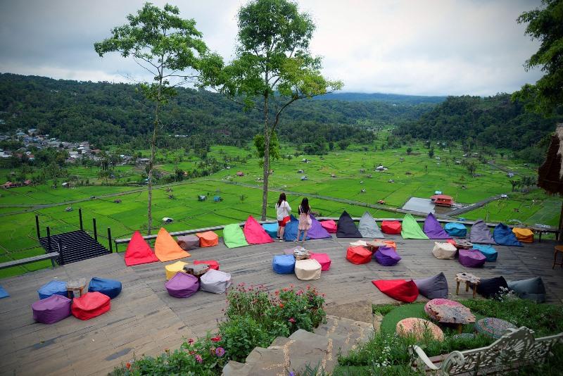 https: img.okezone.com content 2021 06 09 408 2422491 pesona-puncak-kai-santi-destinasi-wisata-alam-menakjubkan-di-tomohon-s4OxfkBR7a.jpg