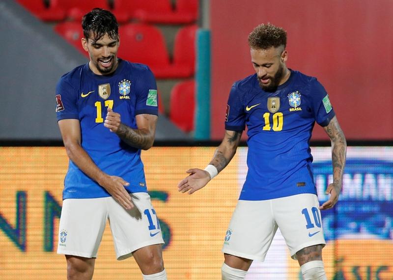https: img.okezone.com content 2021 06 09 51 2422310 sumbang-gol-dan-assist-neymar-jr-bantu-brasil-menang-2-0-atas-paraguay-mtH5vB3BJf.JPG