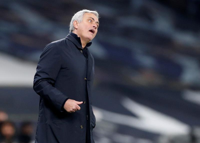 https: img.okezone.com content 2021 06 09 51 2422494 mourinho-ungkap-kelemahan-utama-timnas-inggris-di-piala-eropa-2020-Vza2WvMN5v.JPG