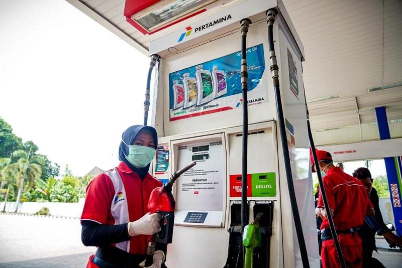 https: img.okezone.com content 2021 06 10 1 2423074 pertamina-sudah-salurkan-biosolar-di-5518-spbu-seluruh-indonesia-qKbuSZbVJQ.jpg