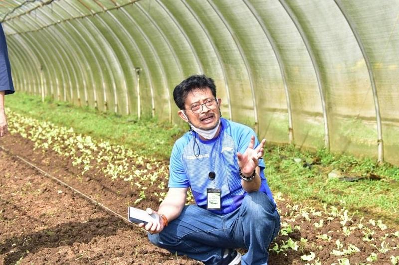 https: img.okezone.com content 2021 06 10 1 2423241 alsintan-bawa-petani-di-jawa-tengah-semakin-produktif-dan-modern-24thdfJ7JW.jpeg