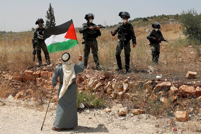 https: img.okezone.com content 2021 06 10 18 2423210 bentrokan-di-tepi-barat-israel-bunuh-2-petugas-keamanan-palestina-RHSWLzrZiy.jpg