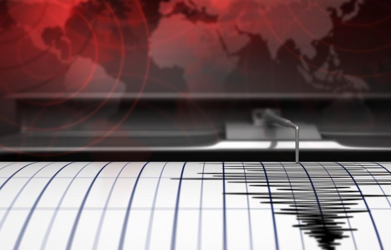 https: img.okezone.com content 2021 06 10 337 2422770 langkah-bnpb-hadapi-potensi-gempa-m8-7-dan-tsunami-di-pesisir-selatan-jatim-8rSQkSOyAl.jpg