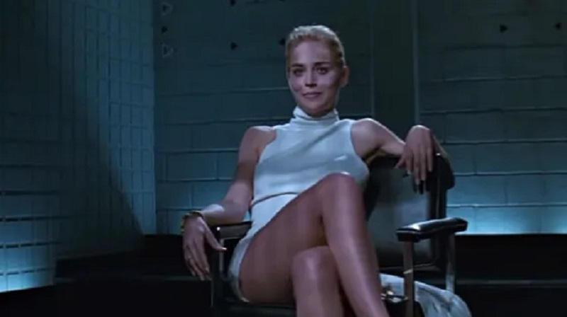 https: img.okezone.com content 2021 06 11 206 2423805 basic-instinct-film-thriller-erotis-terbesar-era-1990-an-nD2udCw1RX.jpg