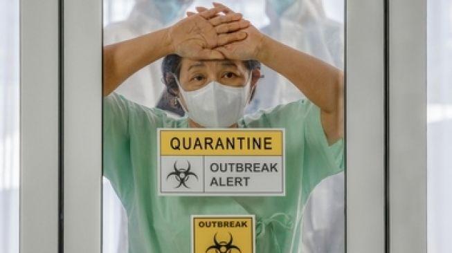 https: img.okezone.com content 2021 06 11 338 2423892 kelabui-petugas-pasien-covid-19-kabur-dari-pusat-isolasi-di-bpkp-bogor-PYLUn4T7ef.jpg