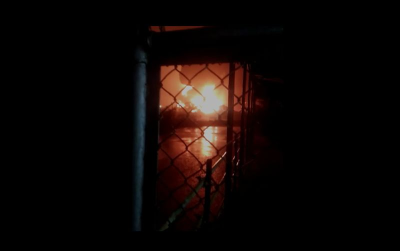 https: img.okezone.com content 2021 06 11 512 2423917 kilang-minyak-cilacap-terbakar-pasokan-bbm-lpg-di-jateng-dan-diy-dipastikan-aman-0oakBjqjNo.jpg