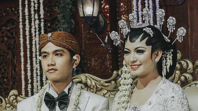 https: img.okezone.com content 2021 06 11 612 2423563 gibran-rakabuming-selvi-ananda-ulang-tahun-pernikahan-ke-6-netizen-seleranya-memang-top-QF6nHRq6yS.jpg