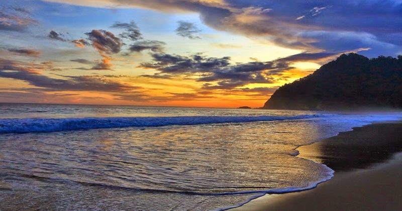 https: img.okezone.com content 2021 06 12 408 2424062 yuk-melipir-ke-pantai-sukamade-surga-tersembunyi-di-banyuwangi-skcygoatUx.jpg
