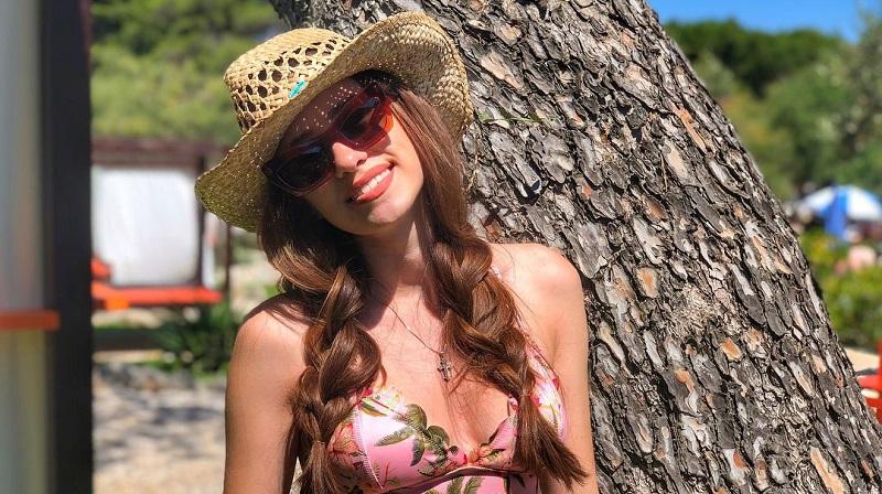https: img.okezone.com content 2021 06 13 194 2424290 wags-euro-2020-potret-seksi-marija-grbesa-si-cantik-dari-kroasia-8h7SvyADy1.jpg
