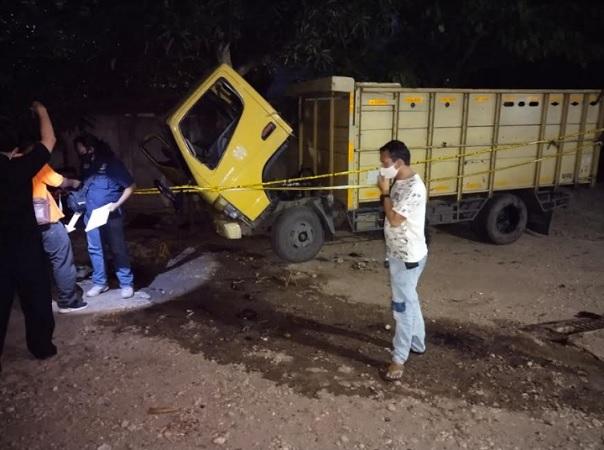 https: img.okezone.com content 2021 06 13 340 2424440 montir-tewas-terlindas-truk-yang-sedang-diperbaikinya-dpa6CYkZjz.jpg