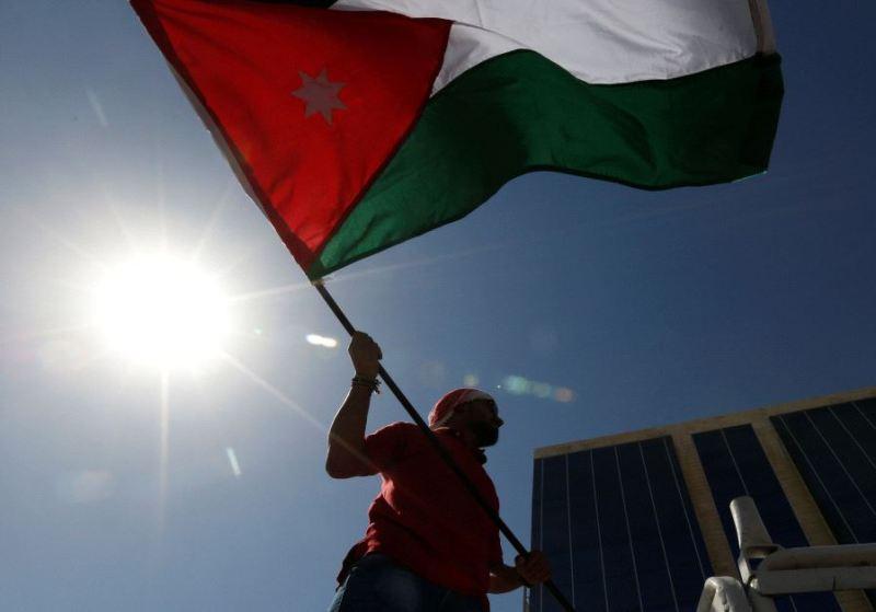 https: img.okezone.com content 2021 06 14 18 2424725 kepala-istana-kerjaan-dan-seorang-bangsawan-yordania-didakwa-terkait-upaya-kudeta-5HO9MLnGWg.jpg