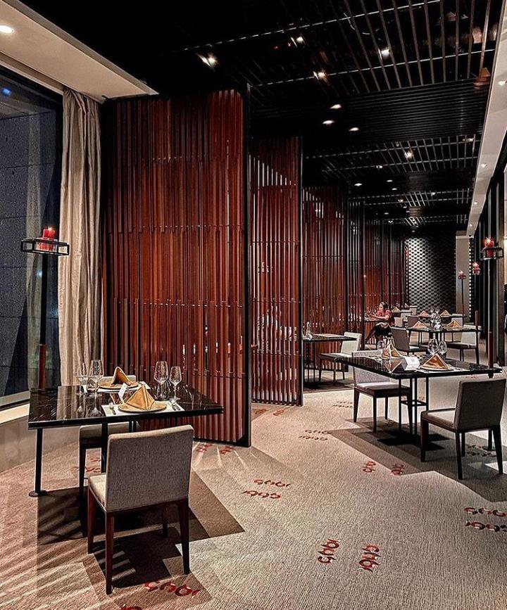 https: img.okezone.com content 2021 06 15 12 2425283 rendang-wagyu-beef-ala-1945-restaurant-di-jakarta-beef-up-fest-2021-buDLpjrZJD.jpg