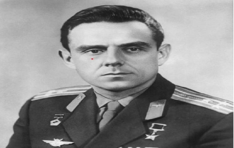 https: img.okezone.com content 2021 06 15 18 2425408 astronot-rusia-menangis-dan-marah-ketika-tubuhnya-terbakar-saat-jatuh-ke-bumi-CwLBMnDLQY.jpg