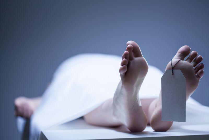 https: img.okezone.com content 2021 06 15 338 2425543 mayat-pria-berpakaian-perempuan-ditemukan-mengambang-di-kali-grogol-GacLC4VdHC.jpg