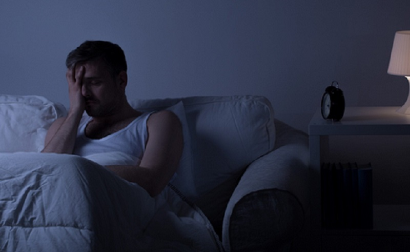 https: img.okezone.com content 2021 06 15 481 2425511 simak-ini-risiko-gangguan-tidur-yang-perlu-diwaspadai-UjjpXHcXEw.jpg