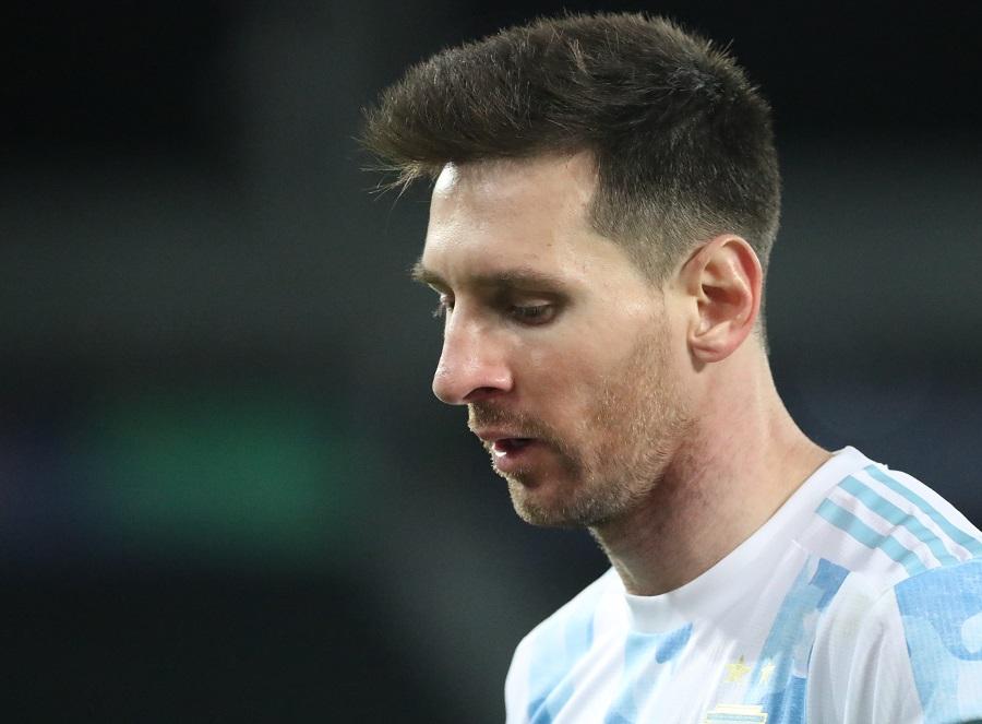 https: img.okezone.com content 2021 06 15 51 2425201 hasil-copa-america-2020-argentina-imbang-1-1-dengan-cile-c7T4qI1F1c.jpg