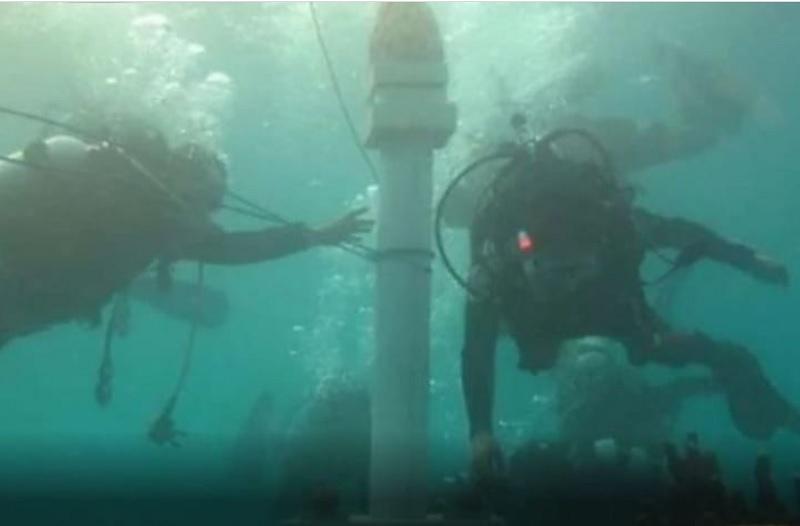https: img.okezone.com content 2021 06 16 338 2426156 viral-ada-tugu-monas-di-dasar-laut-kepulauan-seribu-RvmqY8dxIY.jpg