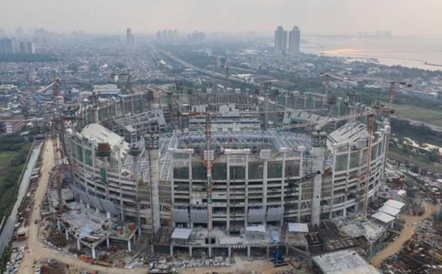 https: img.okezone.com content 2021 06 16 49 2425951 pengangkatan-atap-buka-tutup-stadion-jis-anies-ini-satu-satunya-di-asia-rbbTv4dHNA.jpg
