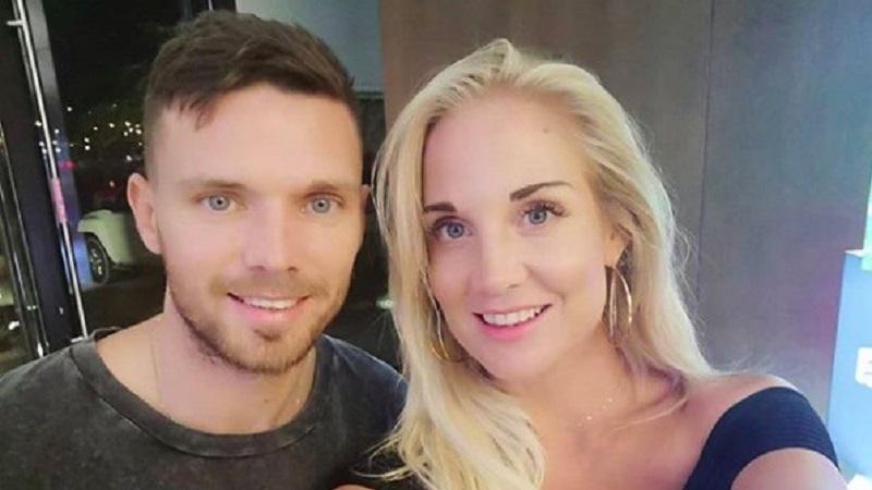 https: img.okezone.com content 2021 06 23 194 2429821 5-potret-josefine-ringblom-istri-cantik-juru-gedor-timnas-swedia-di-euro-2020-uXo5SjmEmK.jpg