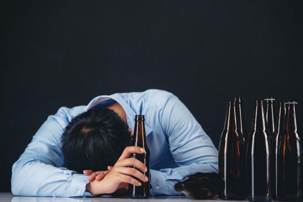 https: img.okezone.com content 2021 06 24 330 2430408 viral-remaja-mabuk-hina-nabi-ini-hukumnya-minum-khamar-TG1cknEh61.jpg
