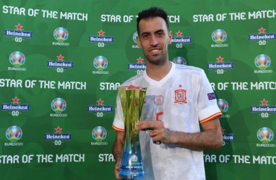 https: img.okezone.com content 2021 06 24 51 2430017 man-of-the-match-slovakia-vs-spanyol-sergio-busquets-lHNuDRS2Nk.jpg