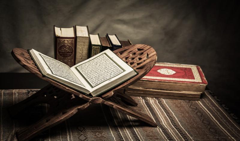 https: img.okezone.com content 2021 06 25 616 2430738 sunah-sunah-hari-jumat-baca-surah-al-kahfi-hingga-tertib-simak-khotbah-B3Eylh5AwZ.jpg