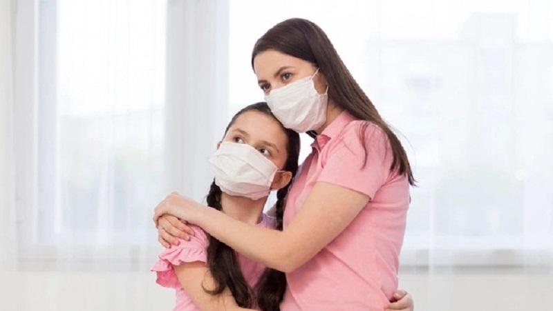https: img.okezone.com content 2021 06 29 620 2432801 kemenkes-sarankan-pakai-masker-ganda-termasuk-anak-anak-mXmuT4jkfb.jpg