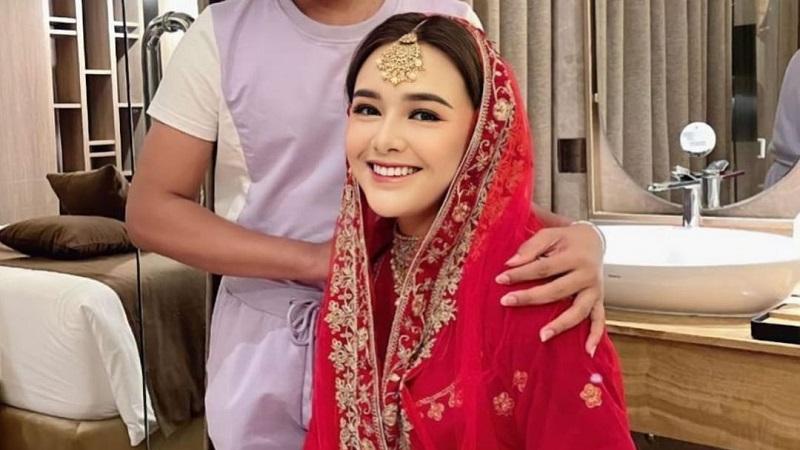 https: img.okezone.com content 2021 06 30 194 2433212 cantiknya-amanda-manopo-jadi-gadis-india-bikin-mas-al-makin-sayang-9u8namLPIg.jpg