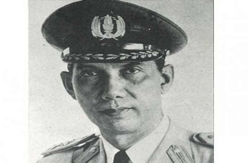 https: img.okezone.com content 2021 06 30 337 2433149 mengenal-rs-said-soekanto-tjokrodiatmodjo-kapolri-pertama-republik-indonesia-9Nvzt3AdFB.jpg