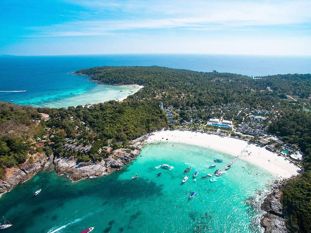 https: img.okezone.com content 2021 07 01 406 2433993 hari-pertama-dibuka-phuket-thailand-langsung-diserbu-ratusan-turis-asing-TFJQQygXNs.jpg