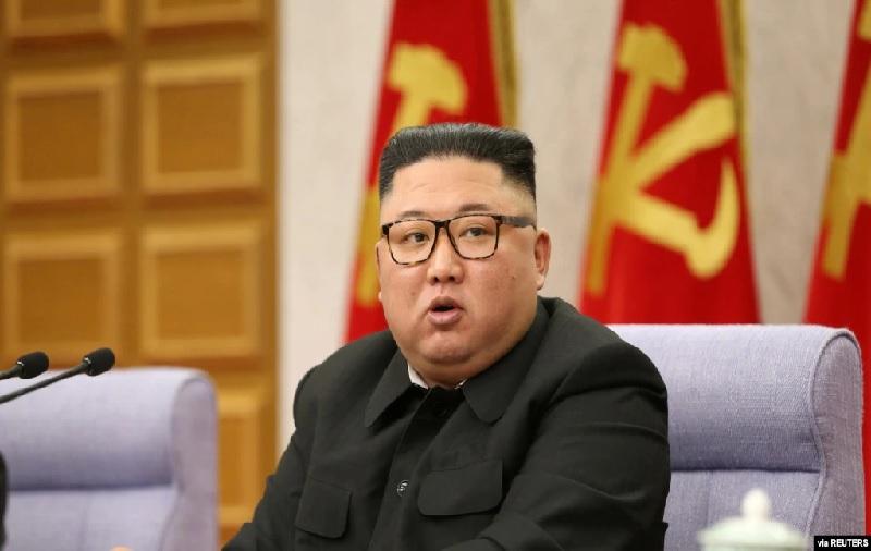 https: img.okezone.com content 2021 07 02 18 2434205 kim-jong-un-bersumpah-akan-tingkatkan-hubungan-dengan-china-di-tengah-pandemi-bNpFJfvtl2.jpg