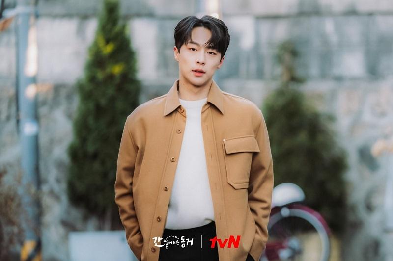 https: img.okezone.com content 2021 07 02 206 2434688 susul-seo-hyun-jin-baek-in-hyuk-dikonfirmasi-bintangi-why-oh-soo-jae-cKVg5AGZPS.jpg
