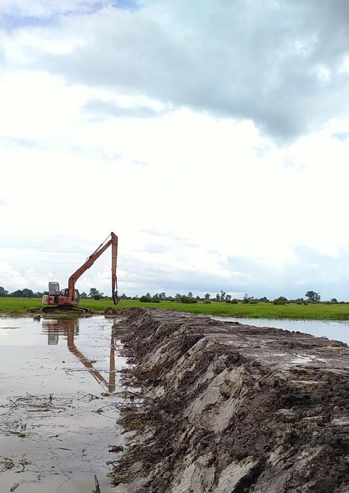 https: img.okezone.com content 2021 07 03 1 2434930 autp-jadi-proteksi-petani-lamongan-dari-kerugian-akibat-gagal-panen-uwEkQD9zU0.jpg