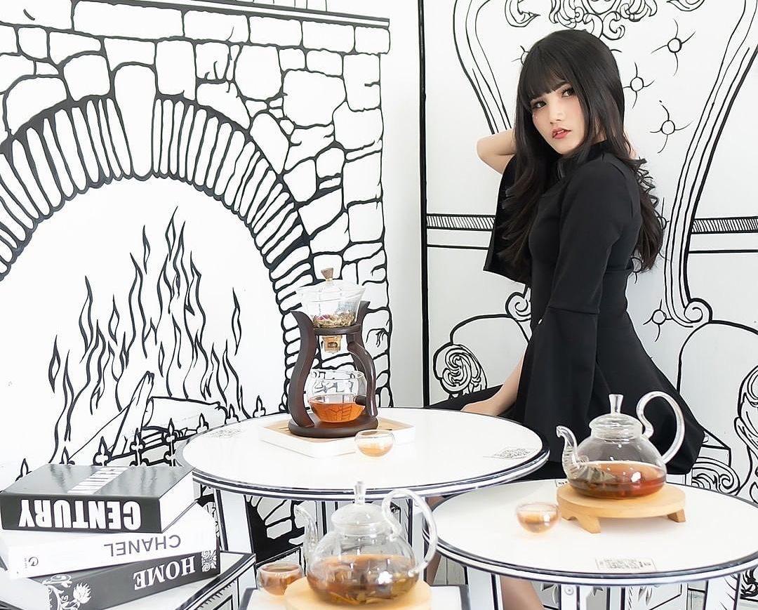 https: img.okezone.com content 2021 07 03 301 2434900 halo-kpopers-ini-5-restoran-dan-kafe-korea-di-jakarta-yang-keren-banget-IUrC4SpQ75.jpg