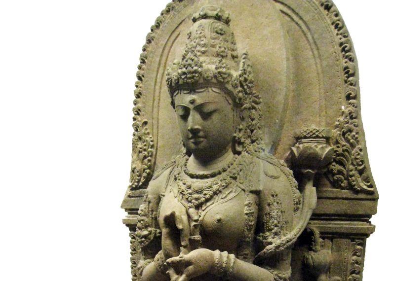https: img.okezone.com content 2021 07 04 337 2435173 kisah-perempuan-perkasa-di-majapahit-gayatri-tribhuwana-dan-suhita-jIOwLRaRQb.jpg
