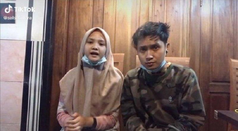 https: img.okezone.com content 2021 07 05 205 2435933 abg-bau-kencur-nyanyi-welcome-to-indonesia-tema-covid-19-minta-maaf-ANxXVDqza4.jpg