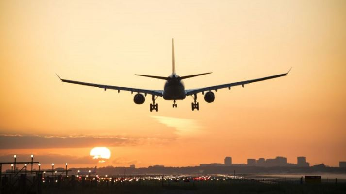 https: img.okezone.com content 2021 07 05 406 2435489 ppkm-darurat-kapasitas-angkut-pesawat-hanya-70-persen-AAFgqAIBVj.JPG