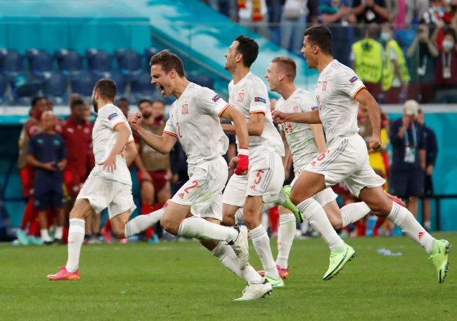 https: img.okezone.com content 2021 07 05 51 2435543 italia-vs-spanyol-di-semifinal-piala-eropa-2020-gli-azzurri-diminta-waspadai-lini-tengah-tim-matador-57WQ9agFqn.JPG