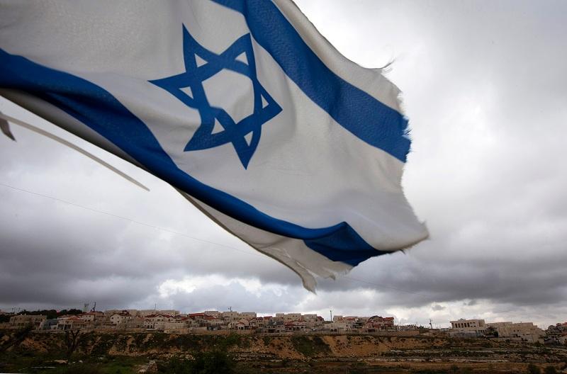 https: img.okezone.com content 2021 07 06 18 2436191 israel-akan-putuskan-uu-larang-yang-reunifikasi-keluarga-palestina-hy2WwGsG52.jpg