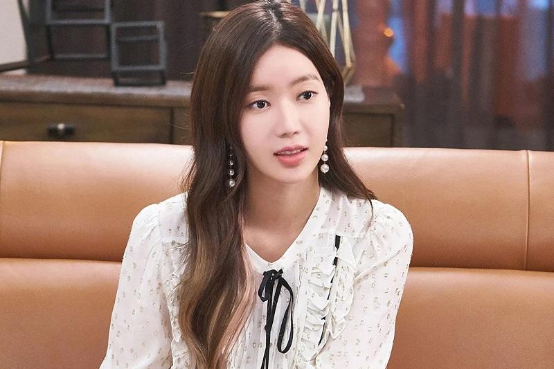 https: img.okezone.com content 2021 07 06 206 2436520 im-soo-hyang-pertimbangkan-bintangi-drama-remake-jane-the-virgin-9uJB3B7Adx.jpg
